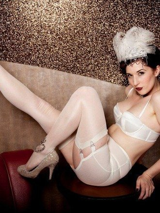 Kiss Me Deadly Vargas Roll On Girdle Ivory